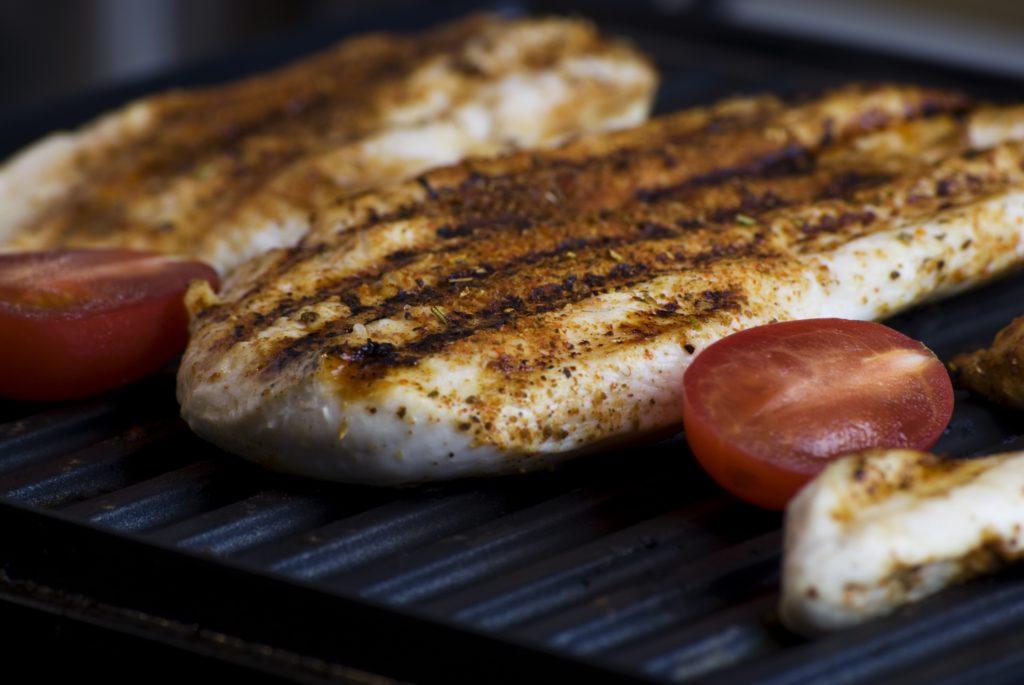 Es muss nicht immer Holzkohle sein. Ein Steak schmeckt auch von einem Elektrogrill
