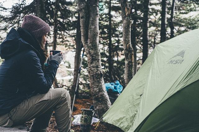 Ein Camping Gasgrill ist kmpaket und einfach zu handhaben