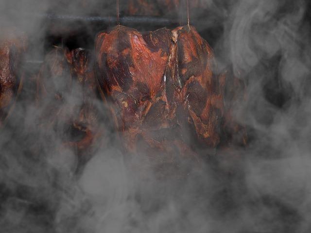 Fleisch räuchern mit einem Smoker